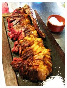 Restaurante braseria en La Roca Village - Les Tres Alzines - La Carta